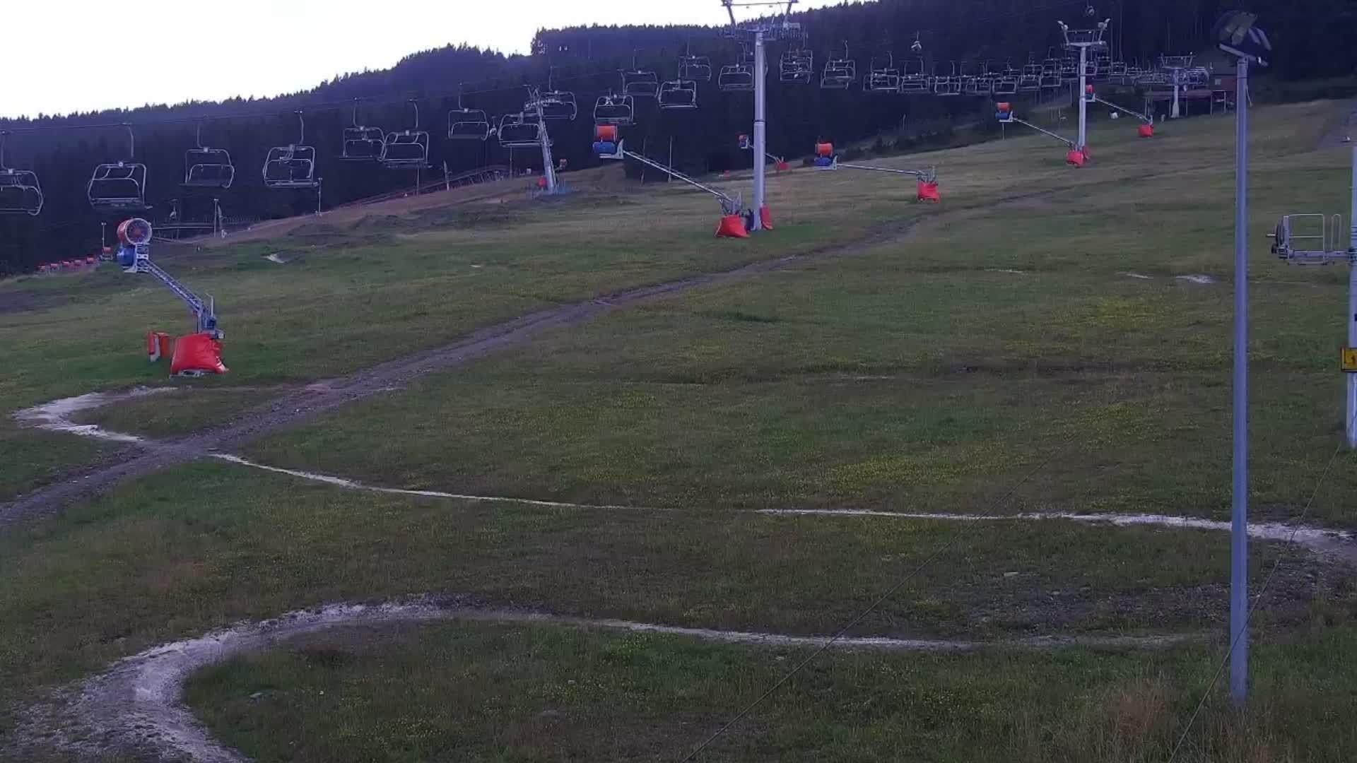 Webcam Ski Resort Czarna Gora cam 4 - Snieznik Mountains