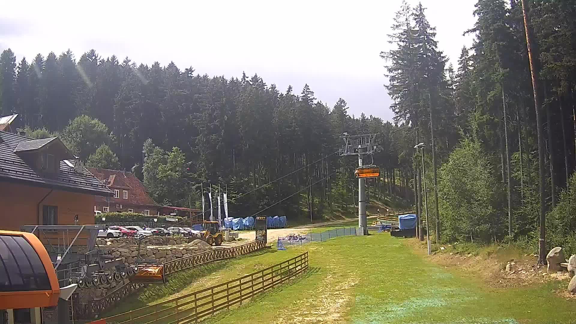Webcam Skigebied Karpacz Bialy Jar Station - Reuzengebergte